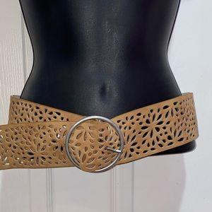 Belgo Lux Tan Wide Belt Laser Cut Design